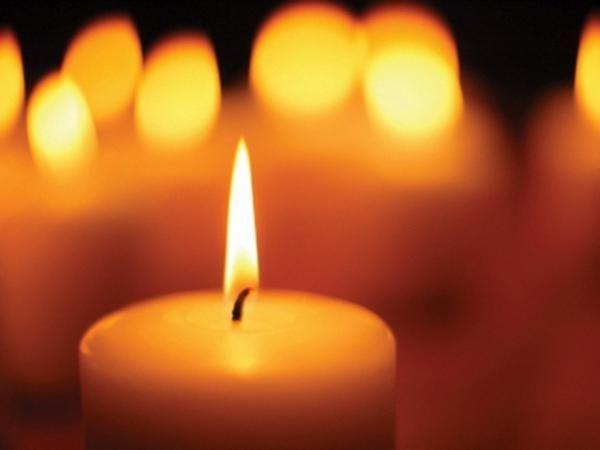 Очищение человека от негативной энергии при помощи свечи
