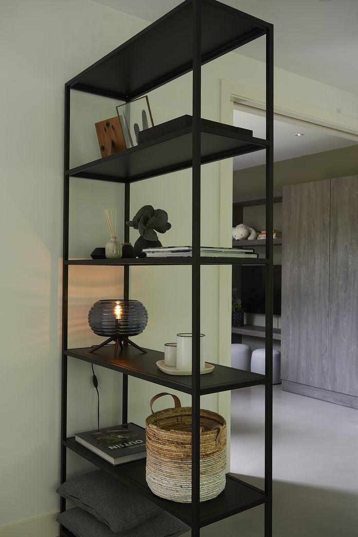 Lifestyle - Arizona Cabinet