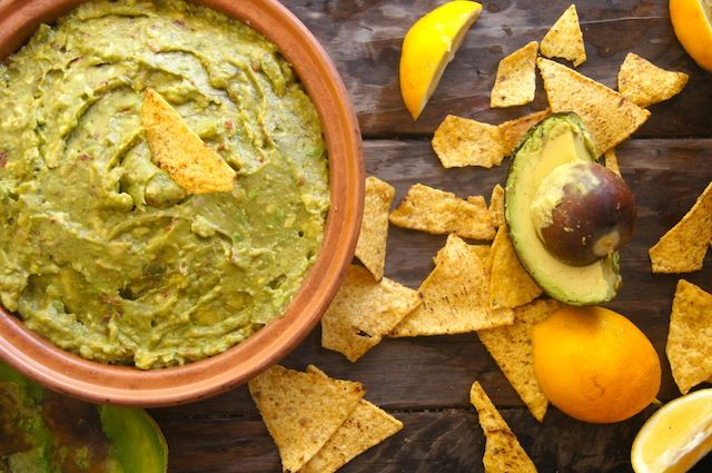 Lemon Chipotle Guacamole Recipe | Cooking On The Weekends