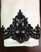 Fransız Danteli siyah beyaz havlu