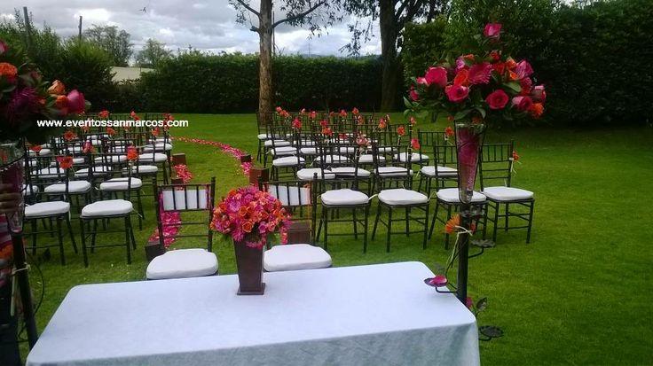 Hacienda para bodas en Bogotá  Ceremonia en zona verde