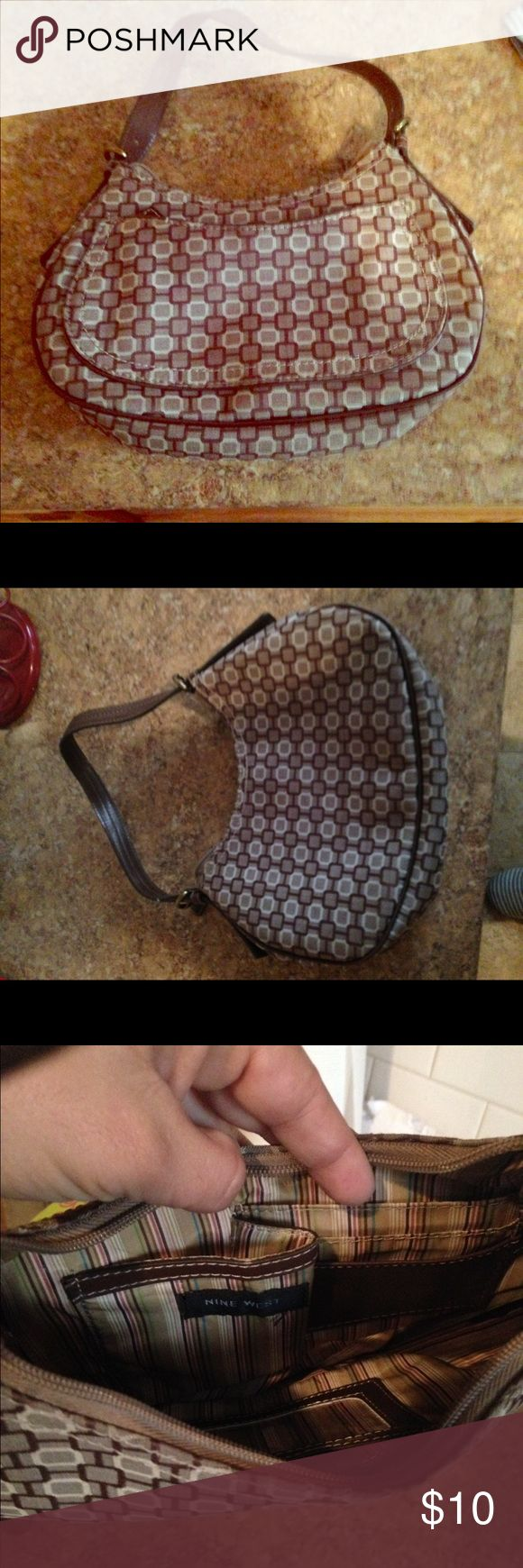 """Nine West Purse This is a small but cute purse by Nine West. 9"""" wide, 6"""" long and strap is 8"""" long. Nine West Bags Mini Bags"""
