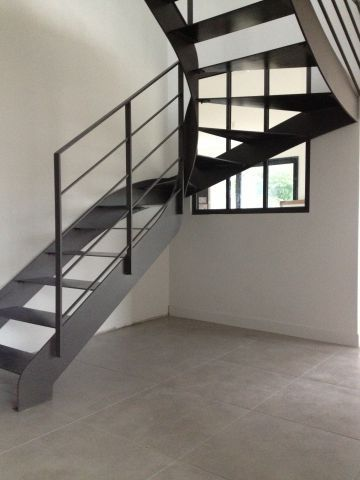 best 25 escalier 2 4 tournant ideas on pinterest limon d escalier main courante escalier. Black Bedroom Furniture Sets. Home Design Ideas