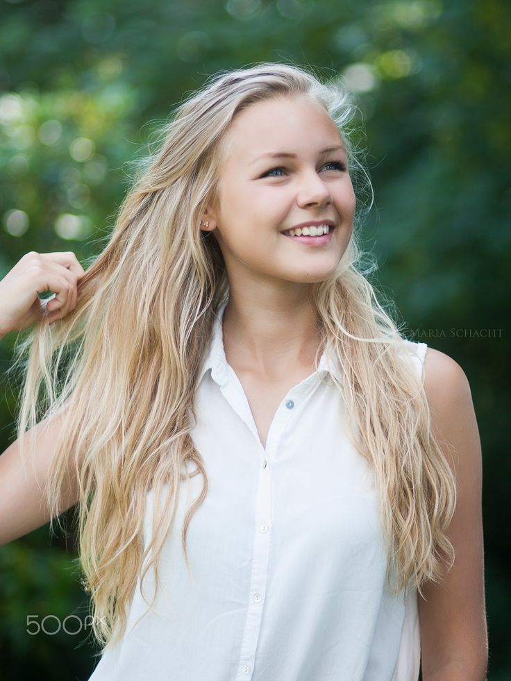 SUMMER - Model: Laura Schacht #young #girl #blue #eyes #smile #happy #blonde #longhair #style #fashion #beauty #beautiful #summer #light #bright #green #nature #danish #scandinavian