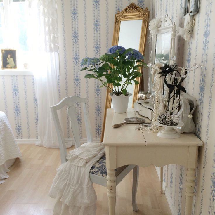 Sovrum Lantligt, romantiskt, 1700-tal @vitaparadiset