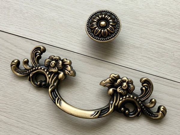 Sturdy European Brass Art Nouveau Style Bail Pulls for Drawers