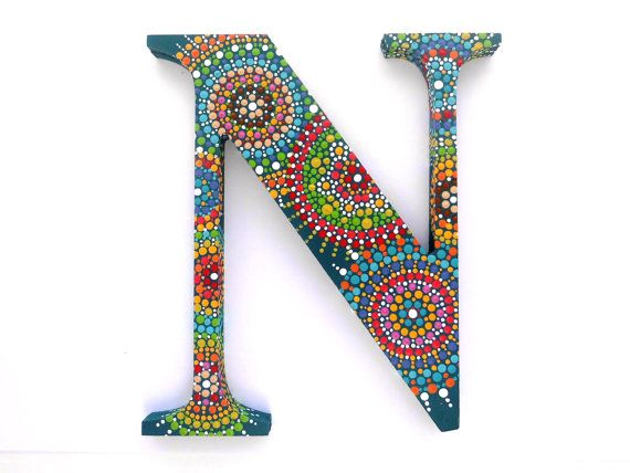 wooden dot painted letter N por ArtAndBeing en Etsy
