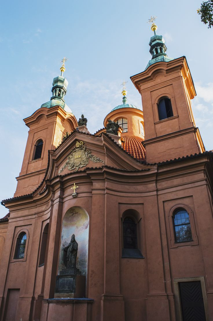 Praha - Kaple božího hrobu #prague #praha #czechrepublic #wandering #wanderlust #ceskarepublika