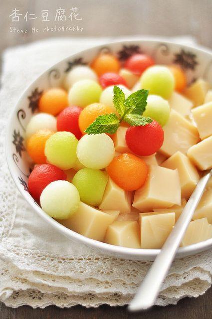 almond milk jelly & fresh melons 杏仁豆腐花 ♥ Dessert
