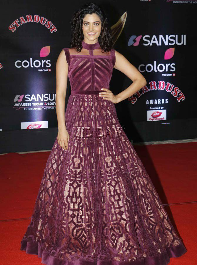 Saiyami Kher at the red carpet of Stardust Awards 2016. #Bollywood #Fashion #Style #Beauty #Hot #Sexy