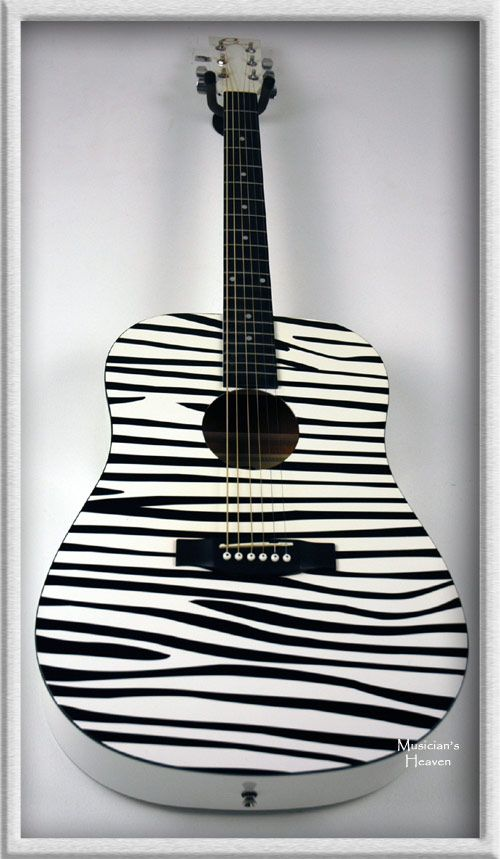 two of the most amazing things ever, zebra print and music!!! i want it!!! :)