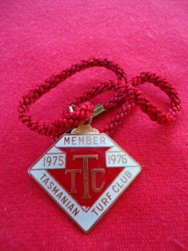 1975-76-TASMANIAN-TURF-CLUB-RACING-MEMBERSHIP-BADGE
