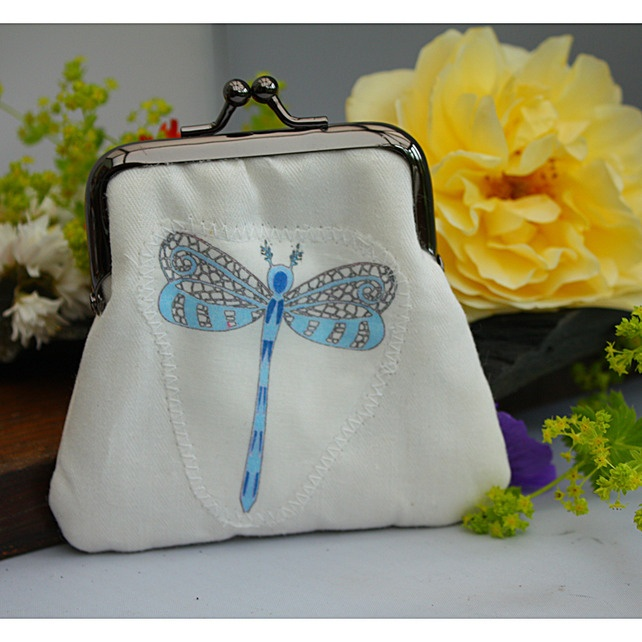 Clasp Purse - Dragonfly - White and Blue £9.00Clasp Purses