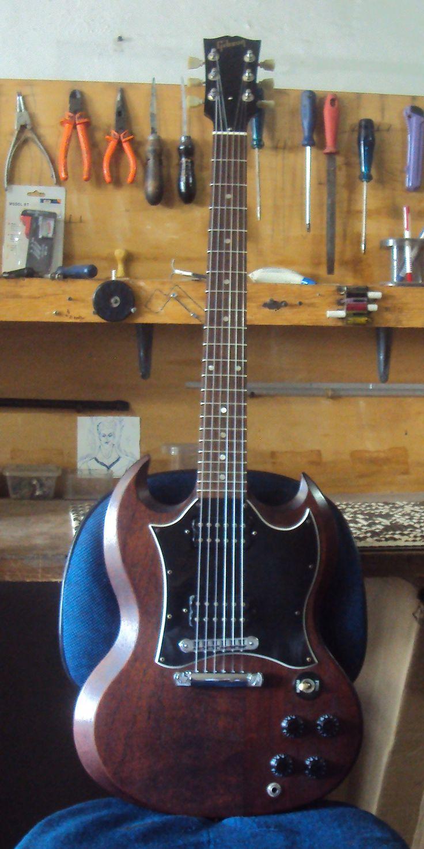 Guitarra Gibson SG - Regulagem geral de afinação - Oficina das Guitarras Mozart
