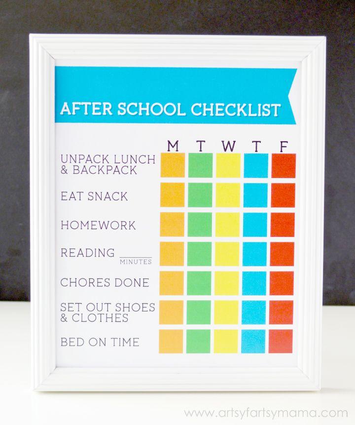 Free Printable After School Checklist at artsyfartsymama.com