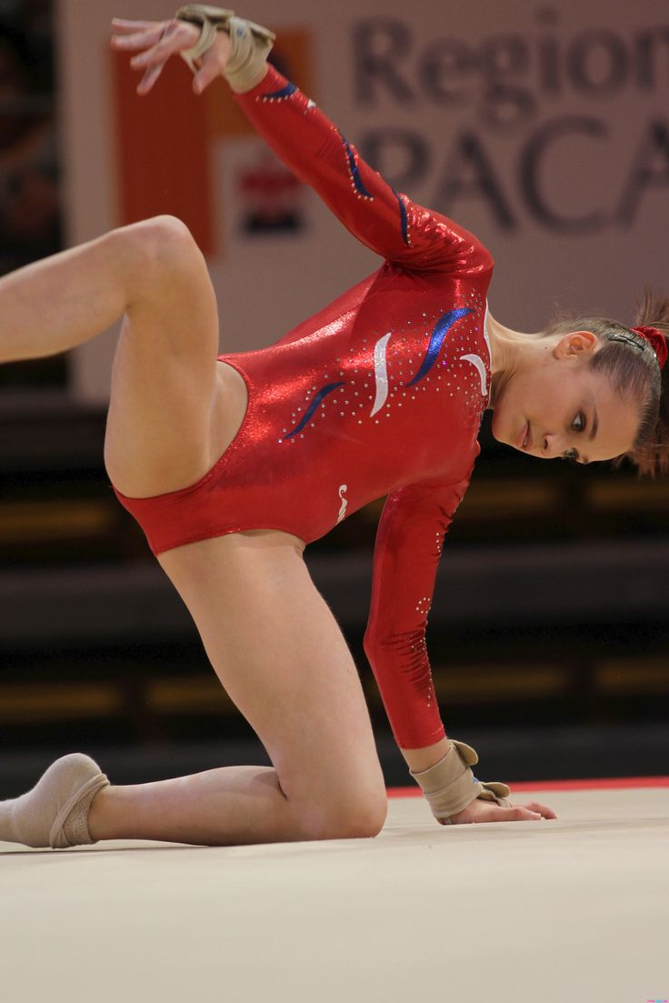 Hot jailbait gymnasts — photo 10