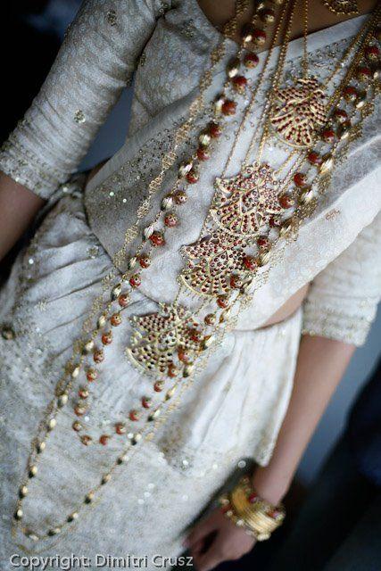 Kandyan bride by Sharmini Ovitigama.