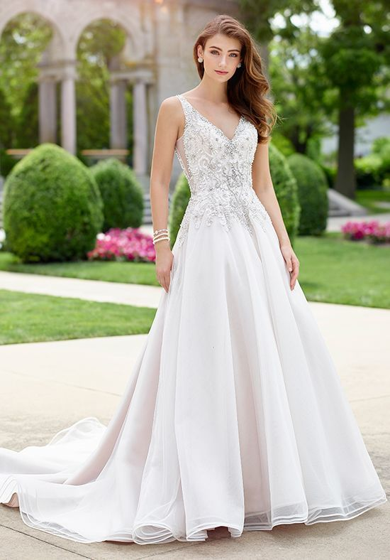 98d2c228eb Martin Thornburg a Mon Cheri Collection Melody A-Line Wedding Dress Menyasszonyi  Ruhák, Esküvői