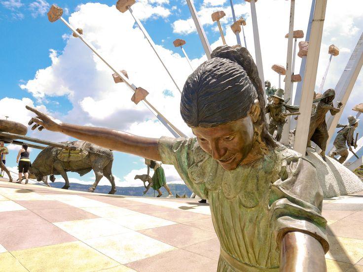 Monumento a la Santanderianidad. by Julián Alzate on 500px