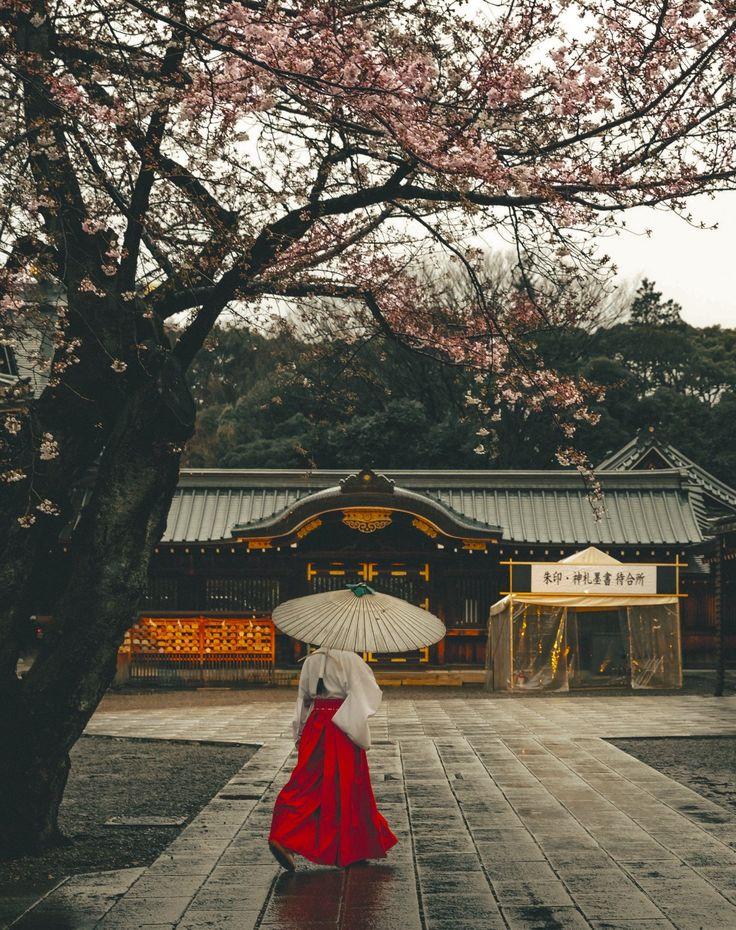 Yasukuni Shine (Tokyo, Japan) by Yoshiro Ishii on 500px