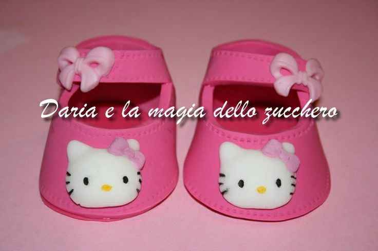 #Fondant Hello Kitty baby shoes #Baby shoes #Scarpette hello kitty