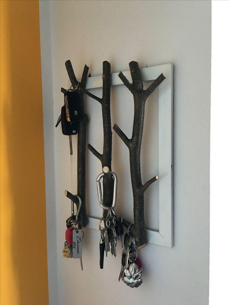 Schlüsselbrett aus Holz selbst gemacht