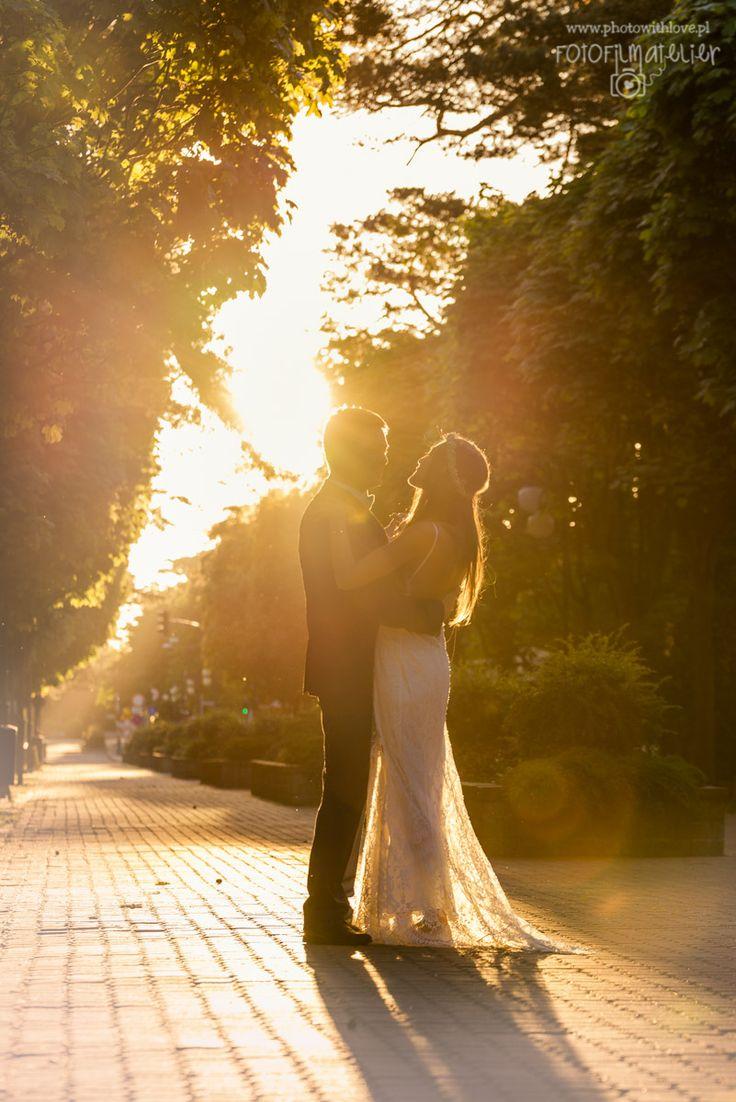 sunrise dance - wedding photography