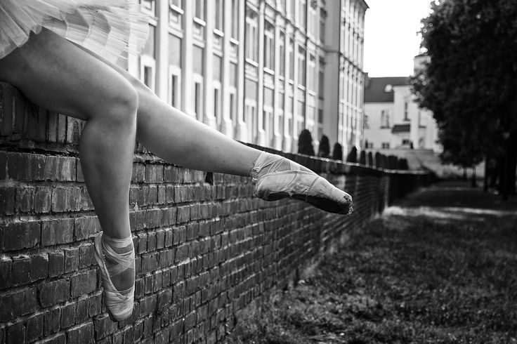 Tutu in the city by Magdalena O. on 500px