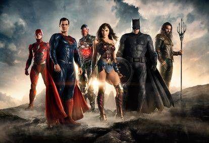 Além do primeiro trailer do filme, a Warner Bros. Liberou também os logos oficiais dos heróis do filme, confira! Em Liga da Justiça, movido por sua fé restaurada na humanidade e inspirado pelo sacrifício do Superman, Bruce Wayne conta com a ajuda de sua nova aliada, Diana Prince, para enfrentar um inimigo ainda maior. Juntos, …