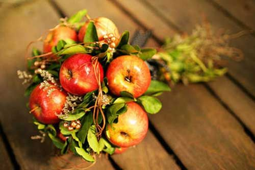 fall harvest bouquet....anyway we could do a spring one with green apples...