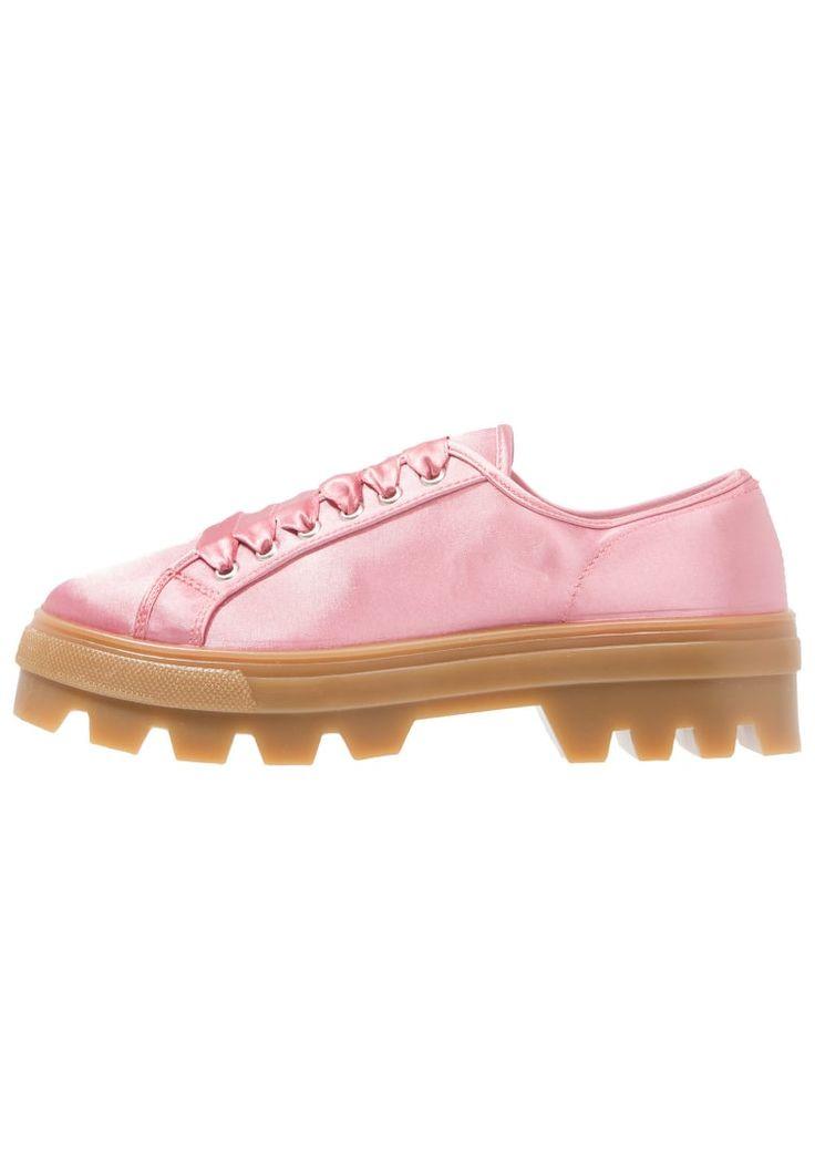 ¡Consigue este tipo de zapatos con cordones de Topshop ahora! Haz clic para ver los detalles. Envíos gratis a toda España. Topshop CLOVER Zapatos con cordones pink: Topshop CLOVER Zapatos con cordones pink Ofertas   | Material exterior: tela, Material interior: tela, Suela: fibra sintética, Plantilla: tela | Ofertas ¡Haz tu pedido   y disfruta de gastos de enví-o gratuitos! (zapatos con cordones, vestir, acordonado, acordonados, cordón, blucher, oxford, bluchers, laces, lace-up, laceup...