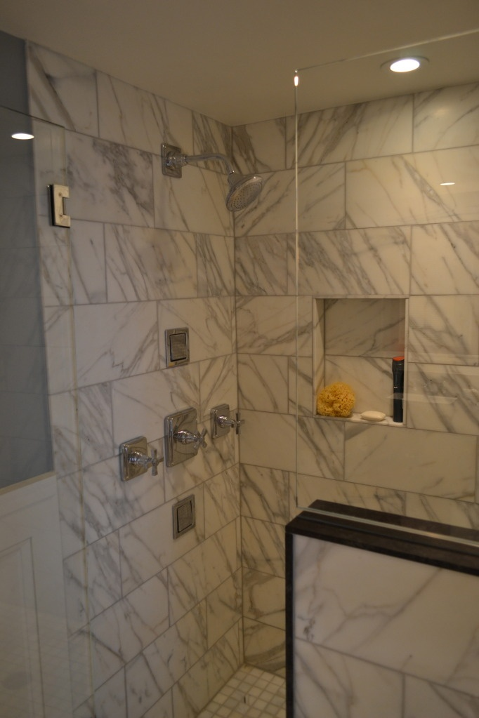 34 best Bathrooms images on Pinterest | Atomic ranch, Bathroom ...