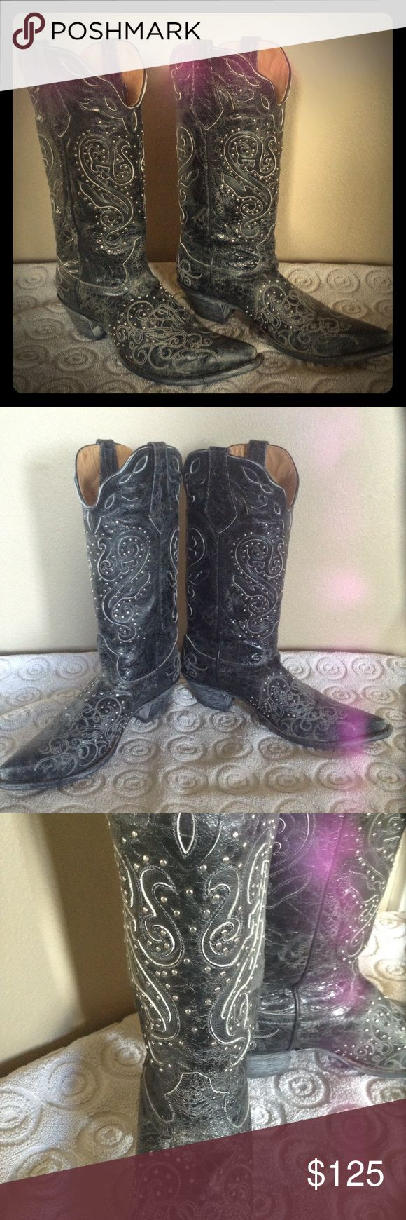 Johnny Ringo Black Crackle Bling Boot Beautiful Johnny Ringo black crackle leather cowboy boots with exceptional detail work featuring silver bling. Johnny Ringo Shoes Heeled Boots