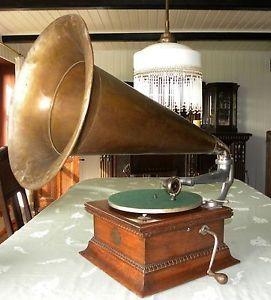 Original-GRAMMOPHON-Trichtergrammophon-horn-gramophone-HMV-His-Masters-Voice