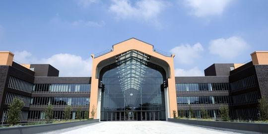 Les locaux de la Cité du cinéma conçue par Luc Besson à Saint-Denis, le 20 juin.