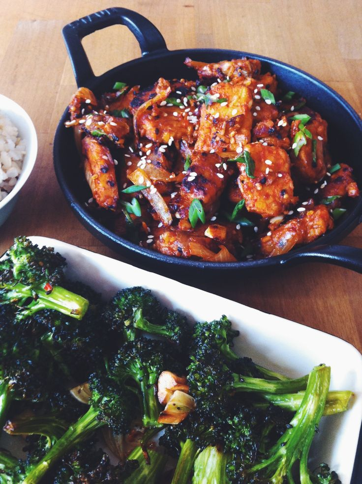 korean vegan gochujang tempeh + blasted broccoli