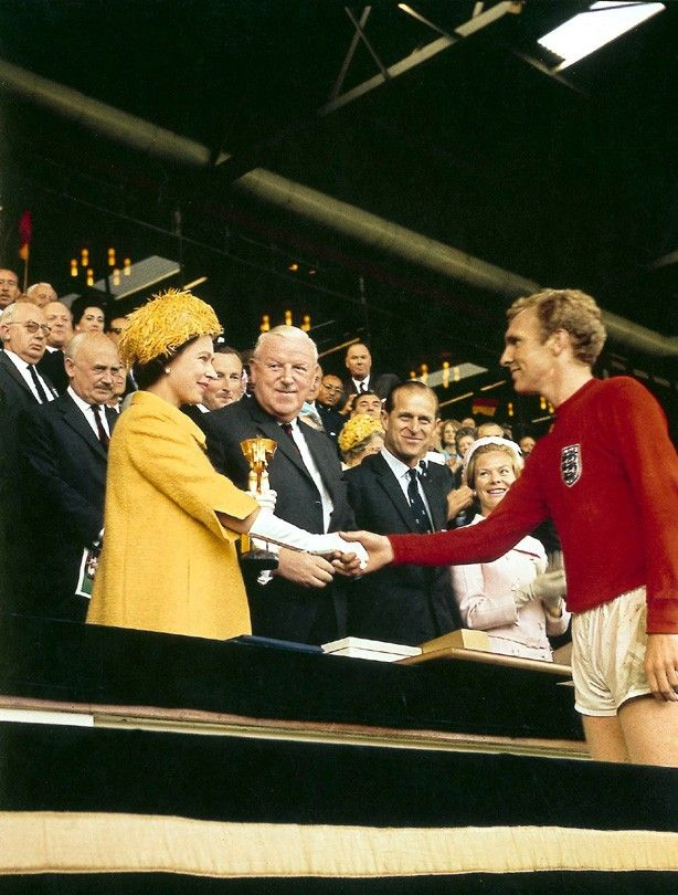 THE QUEEN, BOBBY MOORE AND THE JULES RIMET CUP. 1966. THE HOKEY POKEY MAN AND AN INSANE HAWKER OF FISH BY CONNIE DURAND. AVAILABLE ON AMAZON KINDLE