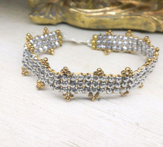 Hematite & sterling silver loomed bracelet on Etsy, 33,71€
