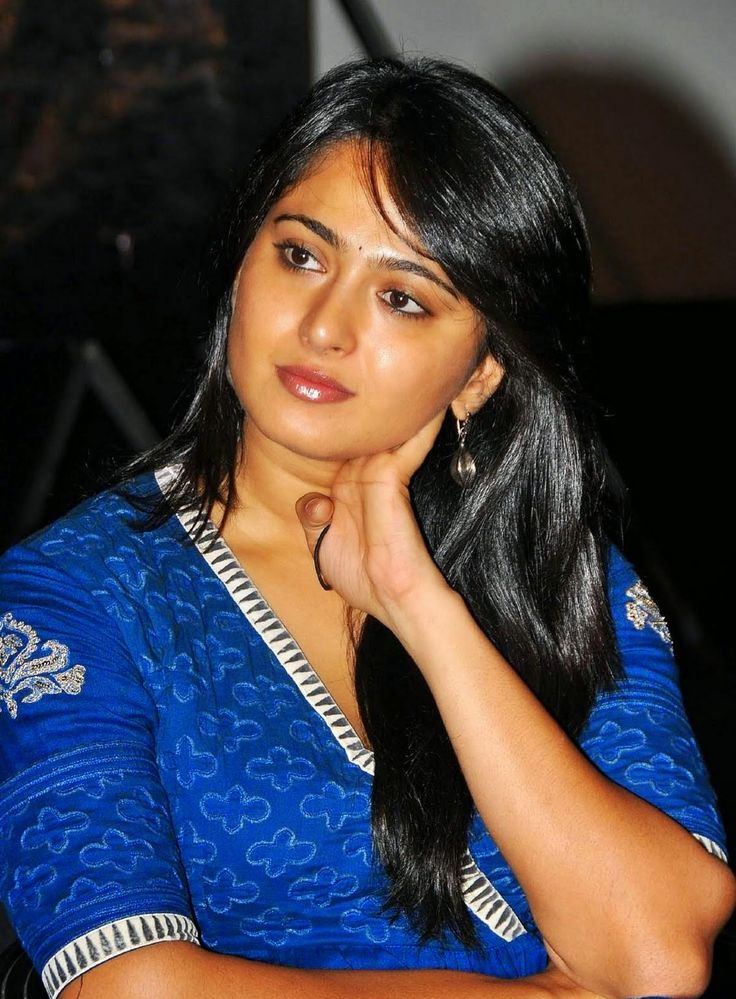 The 25 best anushka shetty navel ideas on pinterest anushka tollywood actress anushka shetty hot smiling face photos in blue dress thecheapjerseys Choice Image