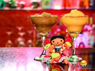 #losmejoresantrosdemexico Pasa una noche maravillosa en La Katrina, mezcalería de Acapulco. LOS MEJORES ANTROS DE MÉXICO. La Katrina es una mezcalería donde encontrarás de una forma diferente e innovadora todos los elementos de la cultura guerrerense y mexicana y donde podrás disfrutar junto con tus amigos de deliciosas bebidas, siendo el mezcal la especialidad de la casa. Te invitamos a divertirte en este bar único, durante tus próximas vacaciones en Acapulco. www.fideturacapulco.mx