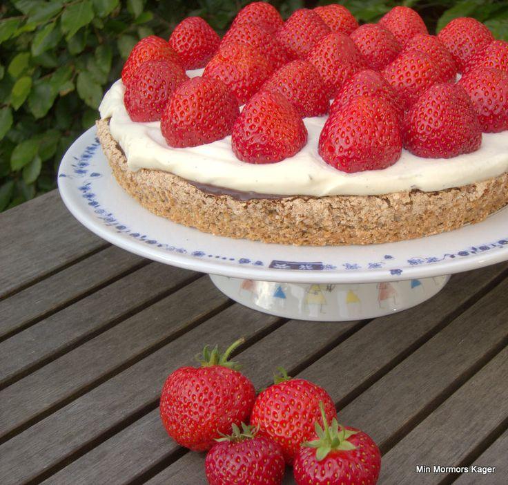 Glutenfri jordbærtærte m/chokoaldecreme