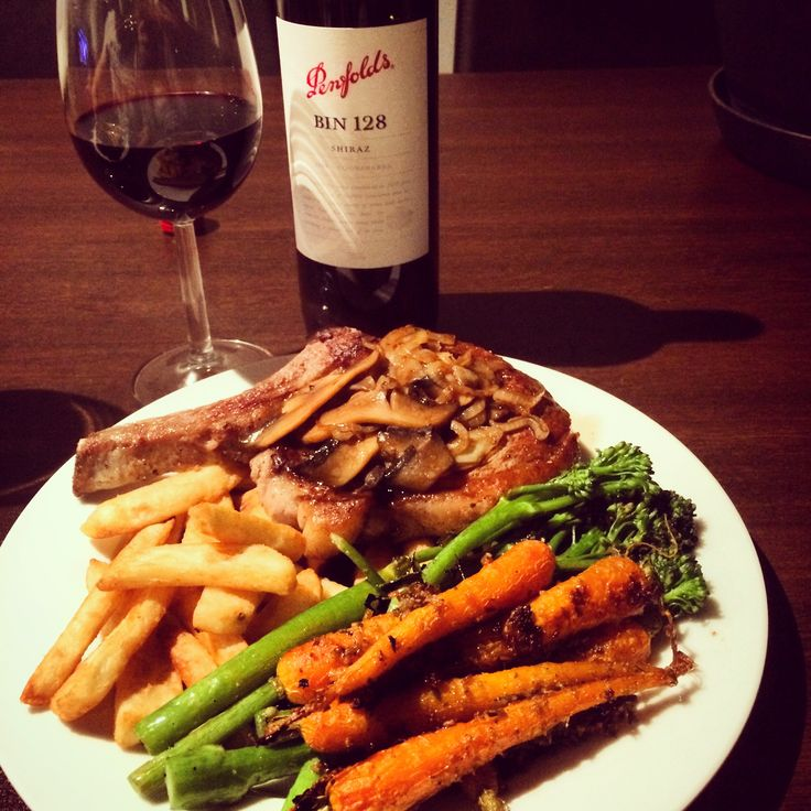 #steaknight #redwine served with honey roasted baby #carrots #brocolini and #steak #chips #nightin