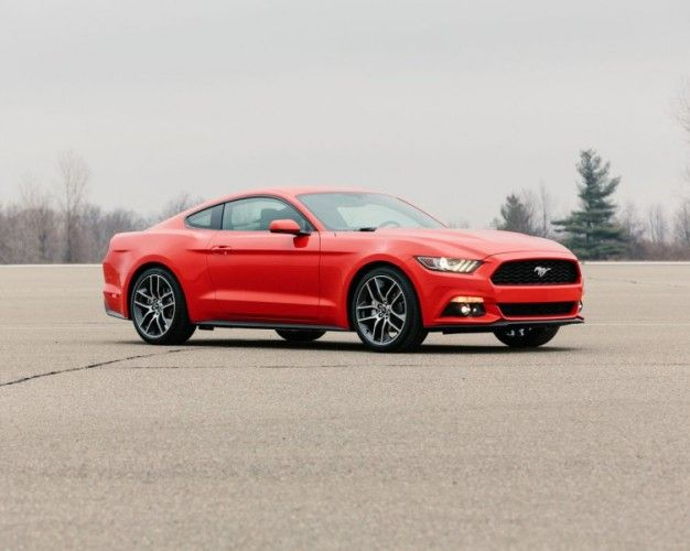 2015 Ford Mustang Pictures Are Here, Unofficially and Gorgeously