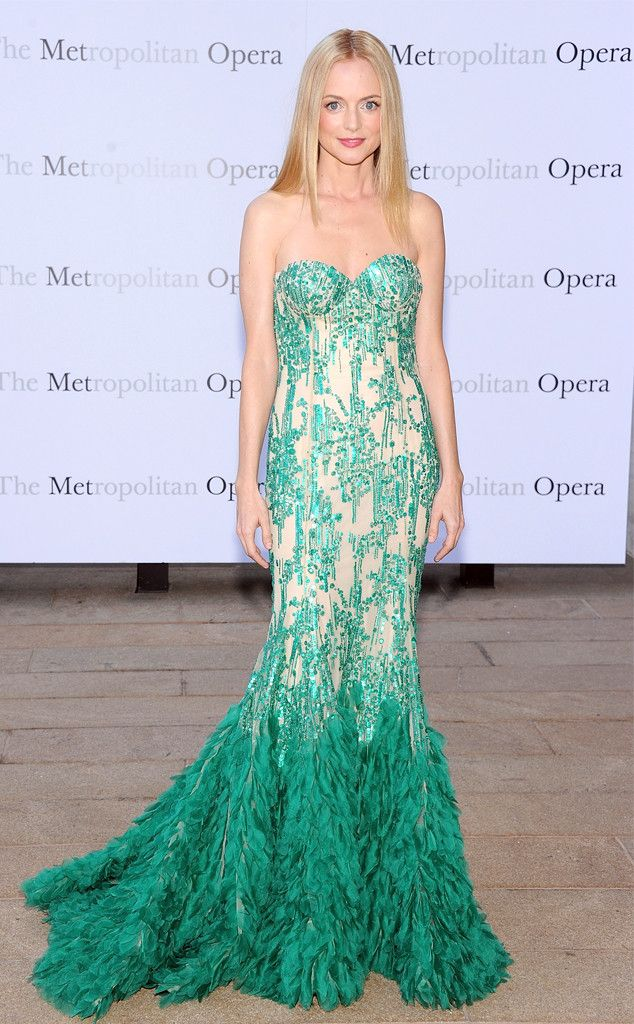 Heather Graham channels a beautiful mermaid at the Metropolitan Opera House in NYC. #fashion