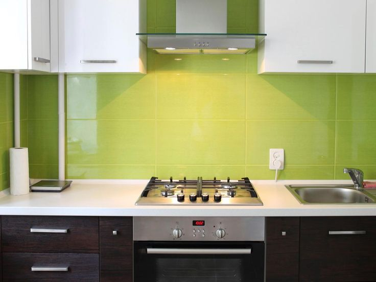 The kitchen is a place for a multitude of colors and textures, but certain colors often work better together than others do.
