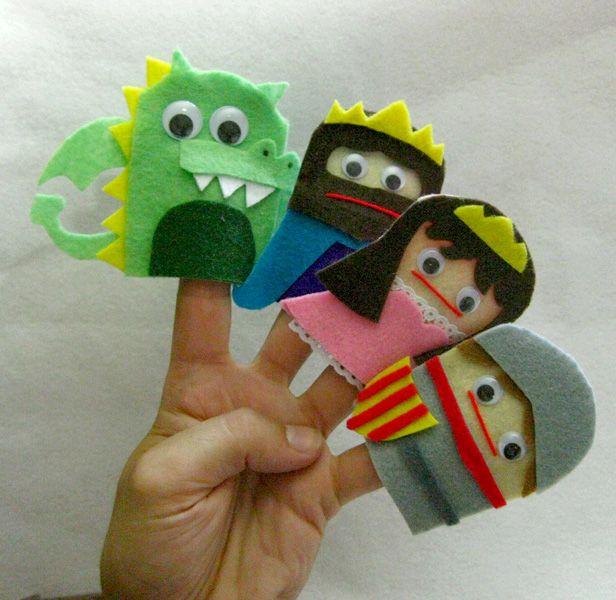 Adorables marionetas de Sant Jordi para los más peques de la casa.