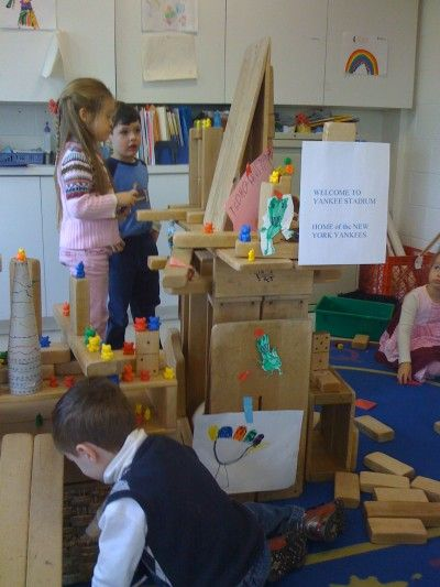 Building together with hollow and unit blocks @ Rye Presbyterian Nursery School