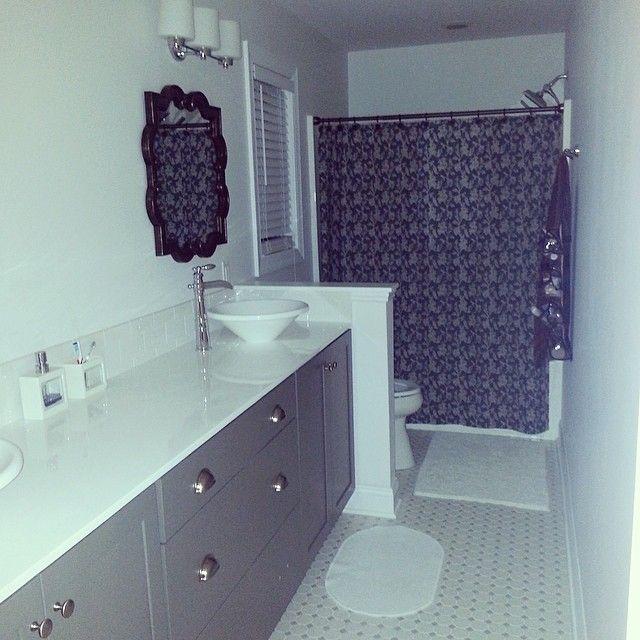 Master Bath. Vessel Sinks. Faucet.