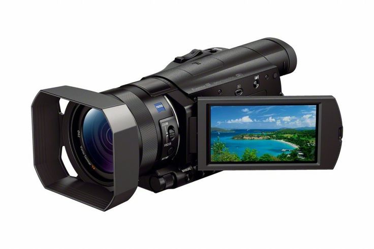 A it is known to professional film maker lighting is a very important thing that every person who is handling a camcorder should consider. This will not only help you to get quality movies but it will also affect the way your images appear on the video.