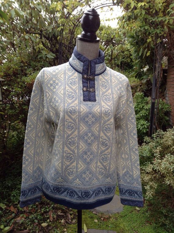 Dale of Norway Peace collection, Norwegian wool sweater made in Norway-woman's size L
